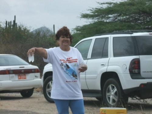 aruba half volunteer
